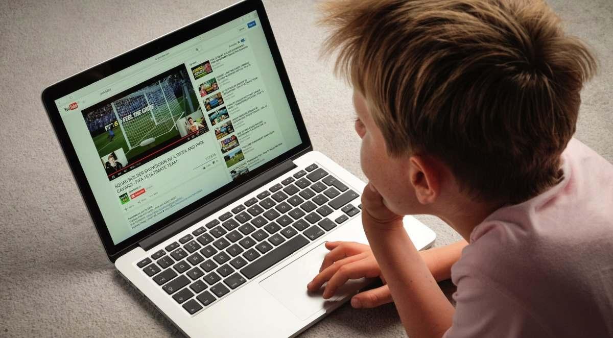 YouTube zaman hedefli yorum