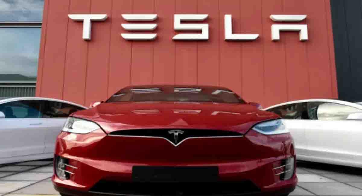 Tesla üretim rekoru