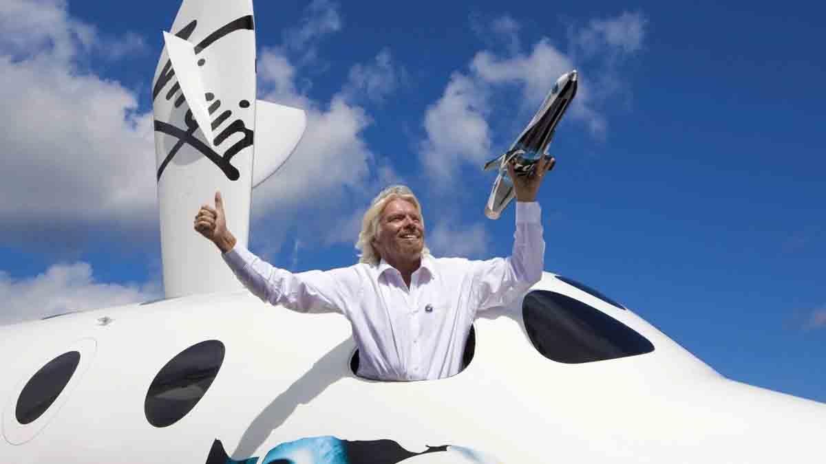Richard Branson rakibi Jeff Bezos ve firmasının başarısını tebrik etti